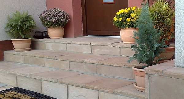 Paving for staircases